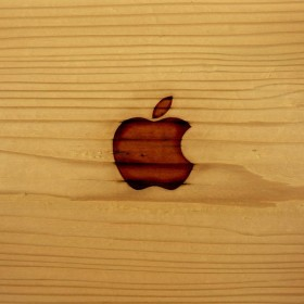 Apple Wood iPad Wallpaper