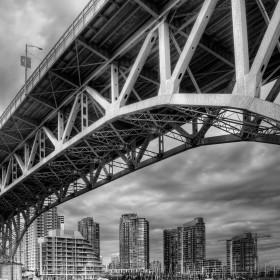 Black and White Bridge iPad Wallpaper