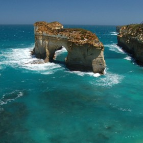 Ocean Cliff iPad Wallpaper
