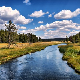 Peaceful River iPad Wallpaper