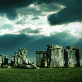 Stone Henge iPad Wallpaper
